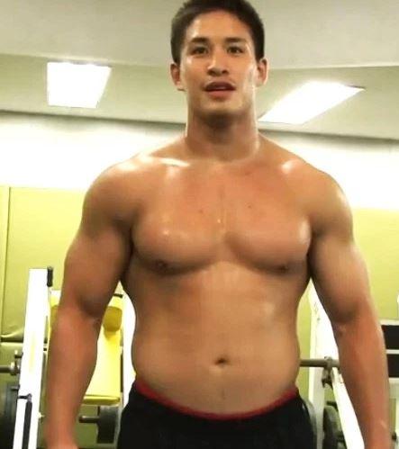 マッチョ ロン毛 ゲイ