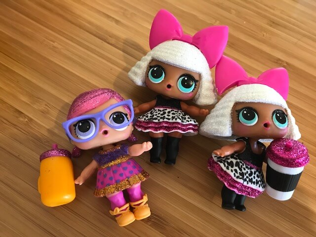 LOLサプライズのグリッターシリーズ、人形